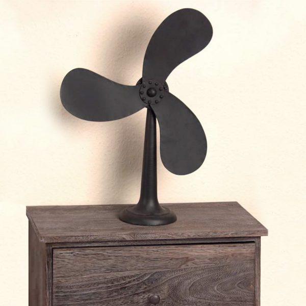 Stojacia dekorácia ventilátor kov čierna